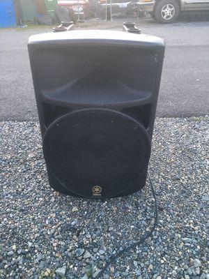 Yamaha ms 400 self powered speaker for Sale in Seattle, WA
