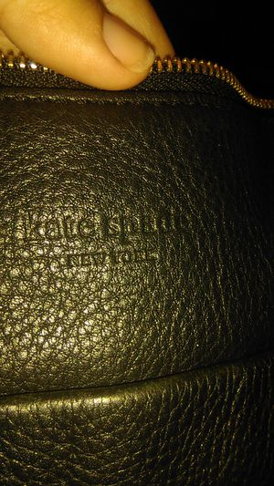 Kate Spade leather bag * taking offers not free** for Sale in Moreno Valley, CA