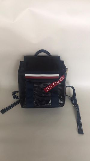 Tommy Hilfiger backpack for Sale in Miami Beach, FL