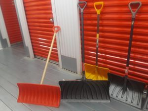 Show shovels—$85 for Sale in Chicago, IL