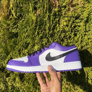 Jordan 1 Low Court Purple for Sale in East Wenatchee, WA
