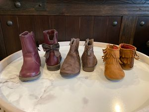 Like new Toddler Girl boots size 6t for Sale in Escondido, CA