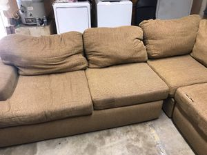 Couch for Sale in Clovis, CA
