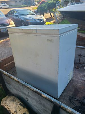 Whirlpool freezer works good quiet for Sale in Portland, OR