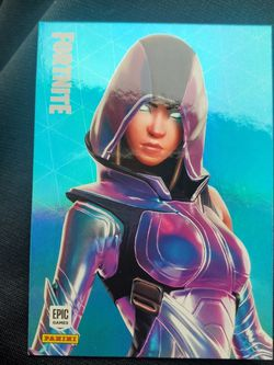 2020 Panini Fortnite Series 2 #194 Glow Legendary Outfit Base Card for Sale in Ocean Shores,  WA