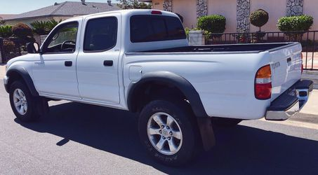 Toyota Tacoma 2003 Price is Firm for Sale in Detroit,  MI