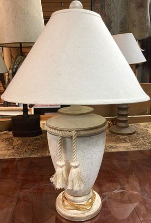 """17"""" White Ceramic Table Lamp with Tassels for Sale in Palos Heights, IL"""