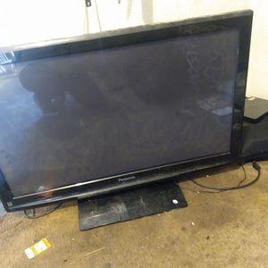 Panasonic 42 Inch TV for Sale in Santa Ana, CA