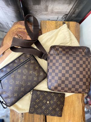 Louis Vuitton Damier Ebene Beaubourg Trotteur for Sale in Nixa, MO