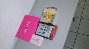 Women Perfume Powder Kit for Sale in Miami, FL