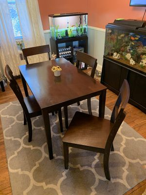 Nice Looking Dining Table & 4 Chairs Set for Sale in Baltimore, MD