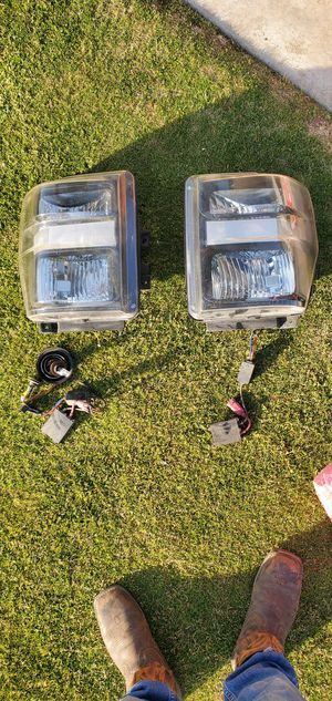 2010 f250 HEADLIGHTS WITH HID for Sale in Bakersfield, CA