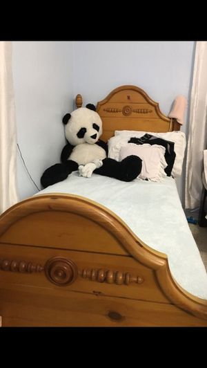 Bed twin double with mattress for Sale in Miami, FL