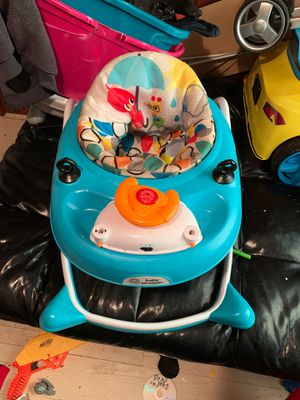 Baby walker for Sale in Kinston, NC