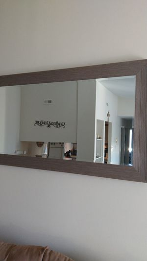 Wall mirror for Sale in Millersville, MD