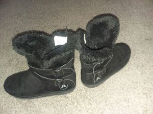 AIRWALK BOOTS GIRLS 3 (1 Black Pair/1 Brown Pair) for Sale in Atlanta, GA