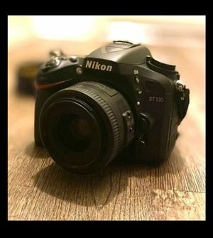 NIKON D7100 for Sale in Addison, TX