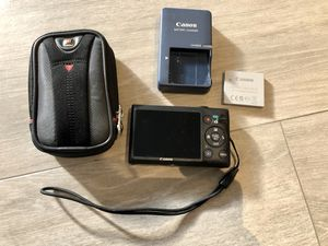 Canon PowerShot Elph 300HS - 12.1 MP Digital Camera for Sale in Hollywood, FL
