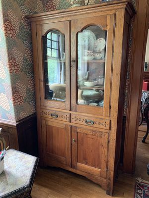 Antique cabinet for Sale in Elkins Park, PA