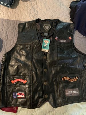 Motorcycle vest leather for Sale in Las Vegas, NV
