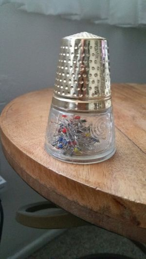 Small Avon Antique Thimble Glass Jar with Gold Lid for Sale in Long Beach, CA