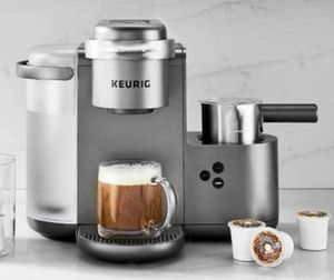 Keurig Coffee Maker for Sale in Providence, RI