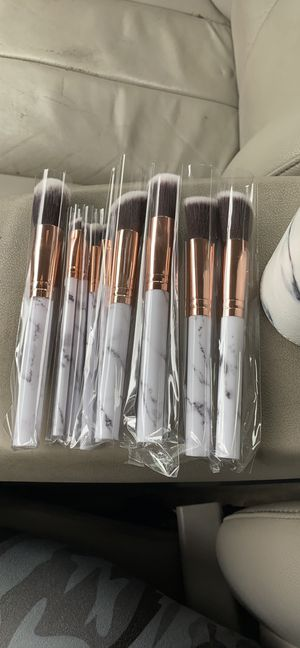 10 piece Marble brush set WITH case for Sale in Cheverly, MD