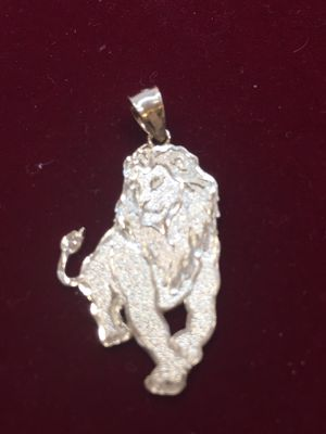 Lion Charm 10 K Y for Sale in Plano, TX