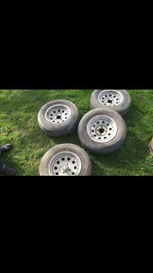 4 lug 14 inch trailor tires and rims 195/75/r14 for Sale in Warren Park, IN