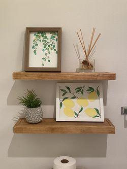 Shelf for Sale in Edgewood,  WA