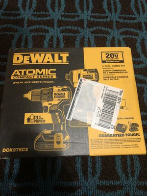 DEWALT ATOMIC 20-volt MAX lithium-Ion Brushless Cordless Compact drill/impact combo kit (2 tools) 2 batteries 1.3ah and charge for Sale in Laurel, MD