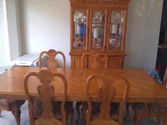 Dining Table, Six Chairs And Hutch for Sale in Fenton,  MO