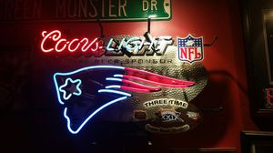 Rare New England Patriots 3 times Super Bowl neon light for Sale in Maynard, MA
