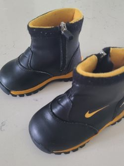 Toddler Nike Rain Boot for Sale in Federal Way,  WA