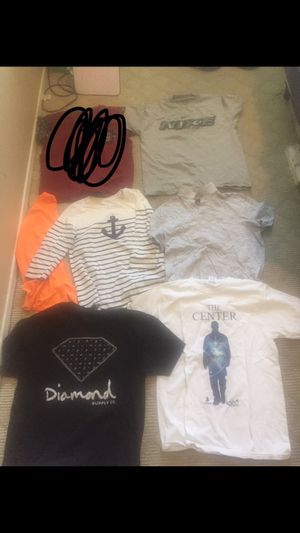 Men's clothing size M and L (21 pieces) for Sale in Indio, CA