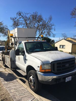 Ford f450 2001 V10 for Sale in Lawndale, CA