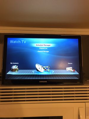 """Samsung 19"""" Series 4 UN19F4000 LED TV with wall mount kit for Sale in Wheaton, IL"""