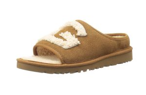 Ugg Women size 6 for Sale for sale  Queens, NY