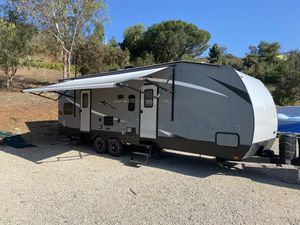 2018 keystone impact toy hauler for Sale in Carlsbad, CA