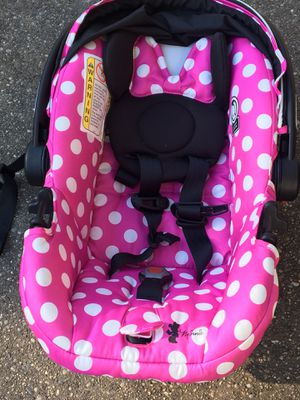Baby car seat for Sale in Wyoming, MI