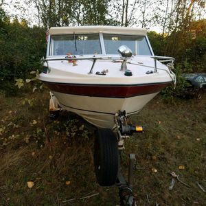 77 fiberform cuddy 21' with portapotty for Sale in Lake Stevens, WA