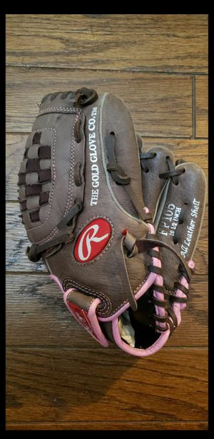 Girls Youth Softball Glove for Sale in Langhorne, PA