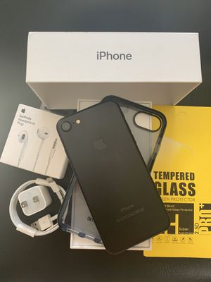 IPHONE 7 UNLOCKED FOR ANY CARRIER COMPANY & WORLDWIDE 128GB for Sale in Rosemead, CA