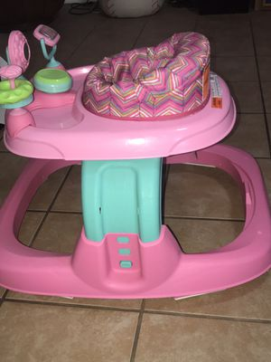 Baby Walker for Sale in Houston, TX