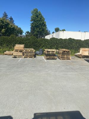FREE PALLETS FREE for Sale in Santa Clara, CA