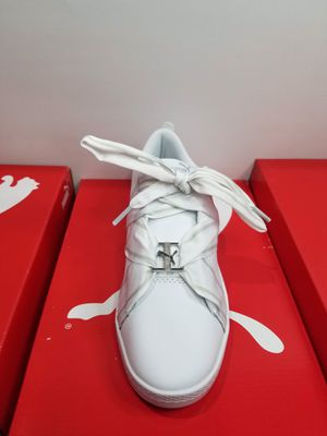 puma woman shoe size 8 for Sale in Long Beach, CA