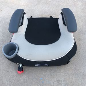 Graco Booster Seat With Latch for Sale in Scottsdale, AZ