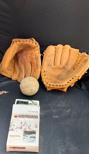 Baseball gloves with an accessory for Sale in Oklahoma City, OK