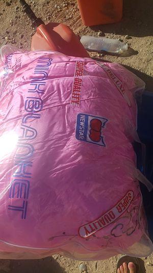 Korean bed quilt q for Sale in Elk Grove, CA