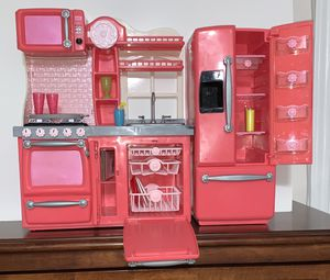 """18"""" doll kitchen for Sale in Midland, TX"""